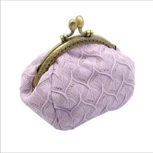 Lavender kiss lock ridicule cosmetic pouch